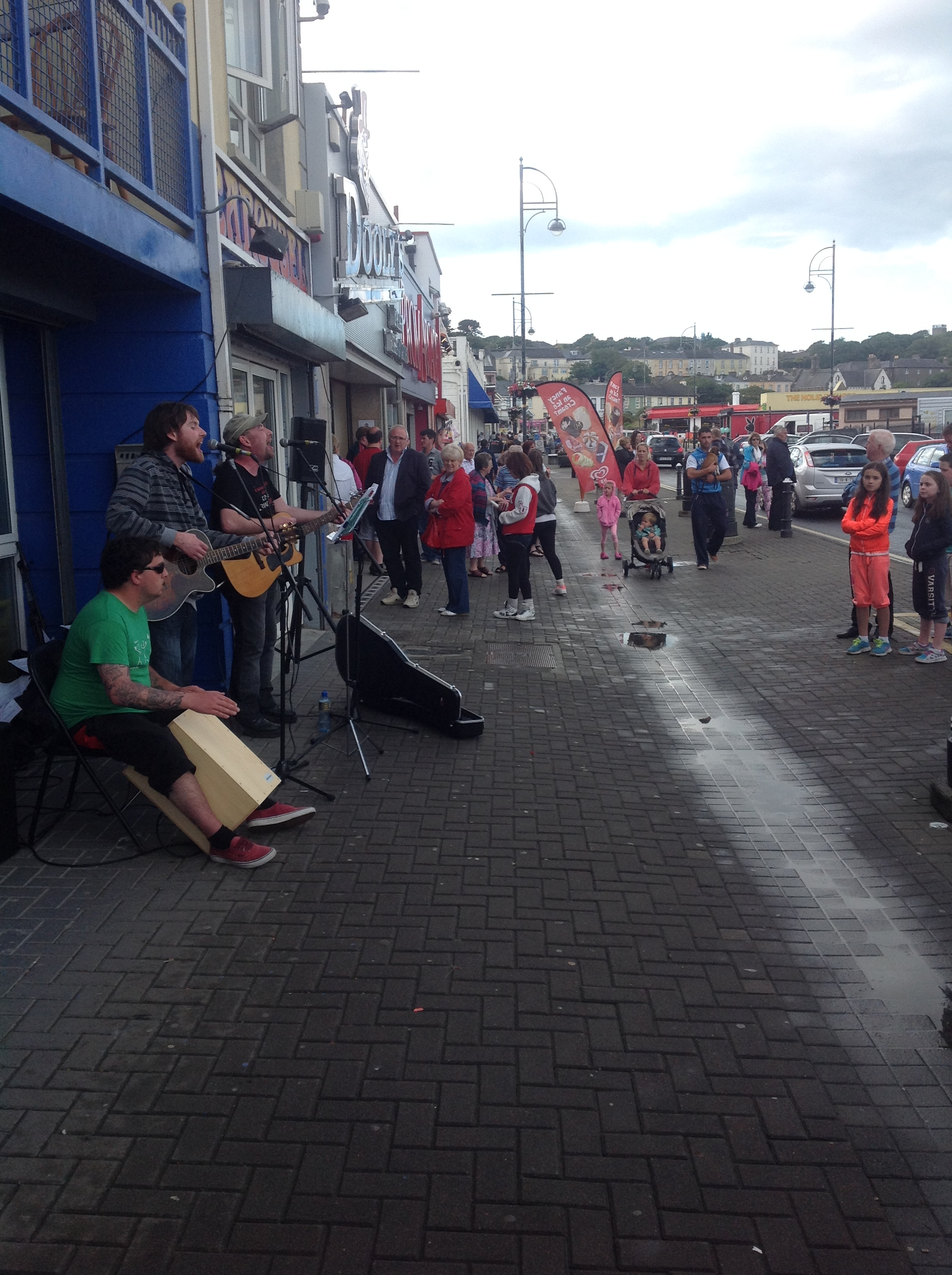 Electric Buskers Tramore at #promfest2014